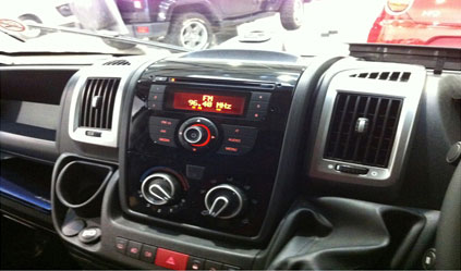 ct23ft17 double din car stereo fascia fitting surround. Black Bedroom Furniture Sets. Home Design Ideas